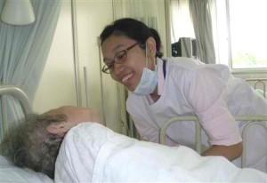 perawat dan pasien Contoh Proposal Skripsi Keperawatan Contoh Proposal Skripsi Keperawatan perawat dan pasien